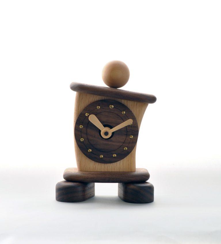 傾いた時計