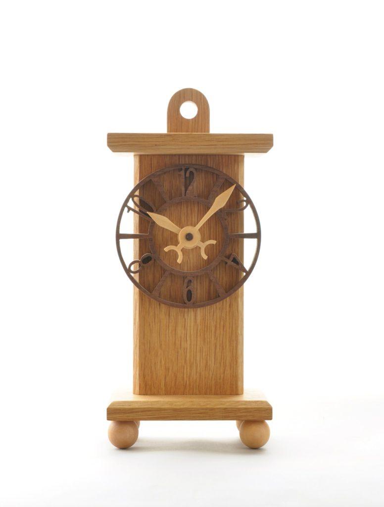アラビア数字の時計(掛置兼用時計)